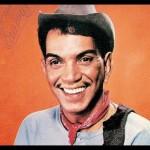 """Develan escultura de Mario Moreno, """"Cantinflas"""", en la Casa del Actor"""