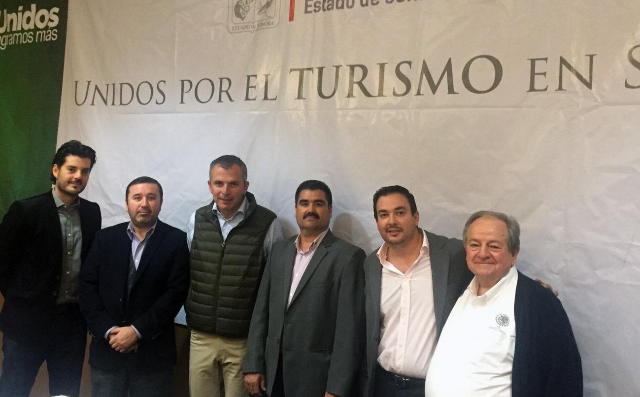 Participa Desarrollo Económico en foro de turismo
