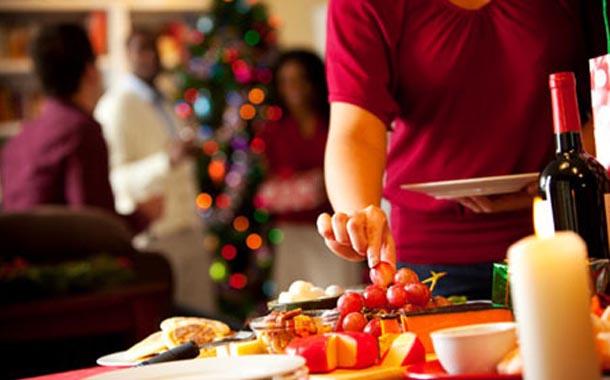 En cena de Año Nuevo se ingieren cerca de 4 mil 800 calorías