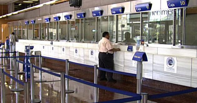 Bancos suspenderán operaciones el lunes