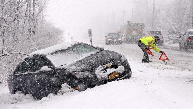 Tormenta de nieve golpea el este de Canadá