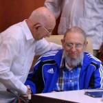Fidel Castro asiste a clausura del Congreso del Partido Comunista
