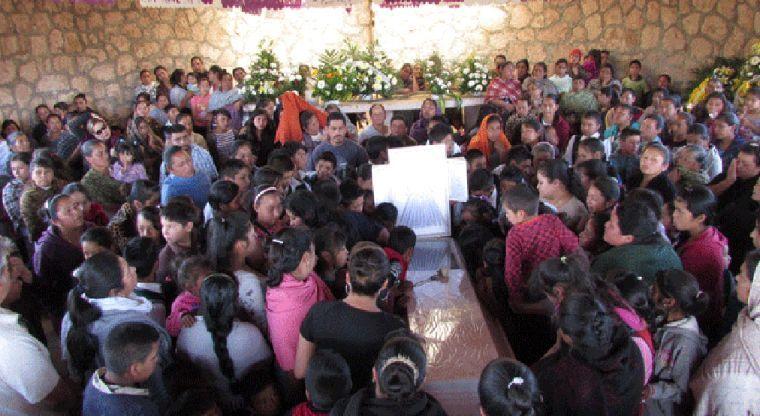 Niñas asesinan a compañero de clases. Michoacán