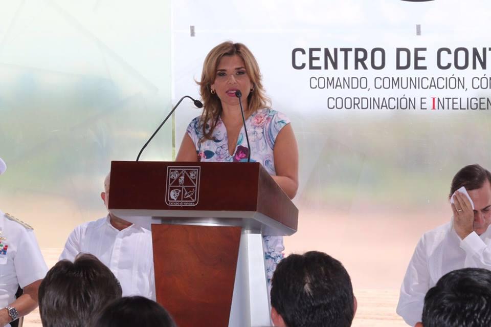 Gobernadora Claudia Pavlovich